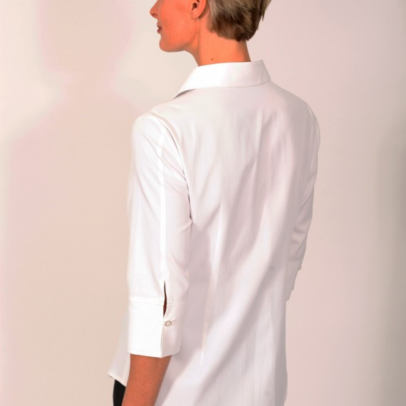 BL1Q---Back-view---Semi-fitted-blouse-with-three-quarter-sleeves