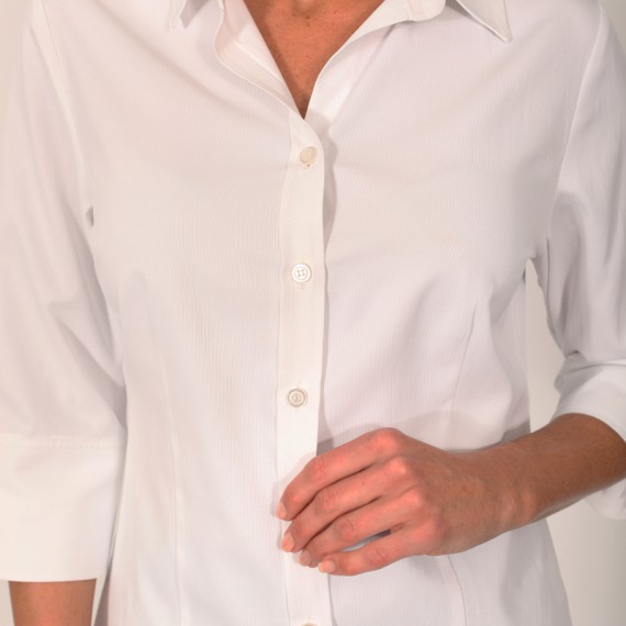 BL1Q---Semi-fitted-blouse-with-three-quarter-sleeves